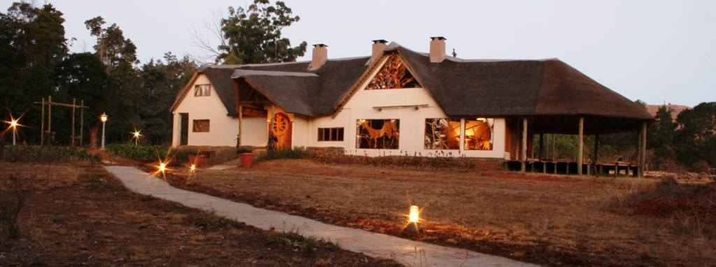 Win a Drakensberg Getaway - 1 - Experience the Drakensberg lodge 3
