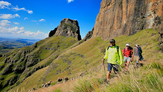Hiking to the top of tugela falls