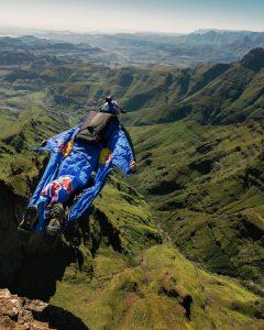 tugela falls jumping with wingsuit