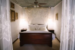 by category - 2 - Experience the Drakensberg room 1 1 635x423