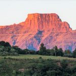 What makes the Drakensberg such an interesting Easter destination - 2 - Experience the Drakensberg Experiencing the splendour of the Berg this Easter1 Uncategorized